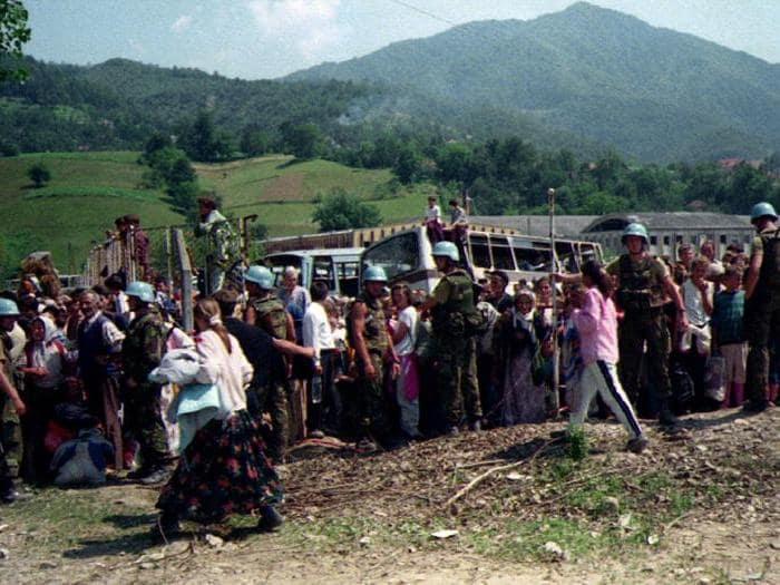 La strage di Srebrenica (11 luglio 1995): in dieci giorni vengono uccisi 8mila civili