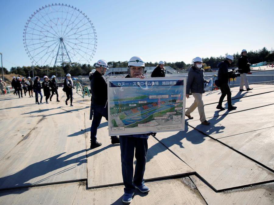Tokyo 2020. Un disegno  di come sarà il  Kasai Canoe Slalom Center. (Reuters / Issei Kato)