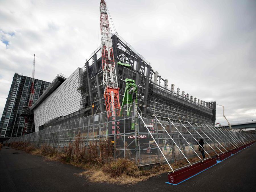 Tokyo 2020. Il cantiere dell'Ariake Arena, dove si disputeranno le partite  di pallavolo.  (Photo by Behrouz MEHRI / AFP)