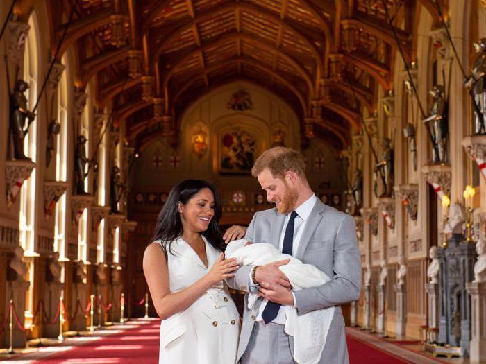 Royal Baby: le prime immagini del figlio di Harry e Meghan