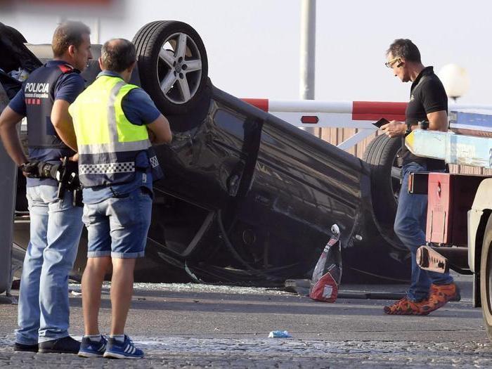 Sventato attentato a Cambrils, 5 presunti terroristi uccisi