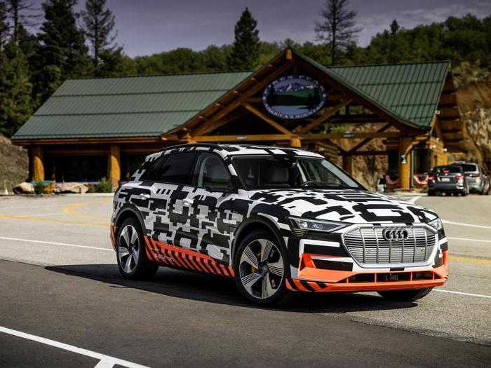 Audi e-tron, le foto inedite del prototipo