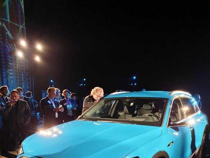 Audi e-tron, le foto ufficiali