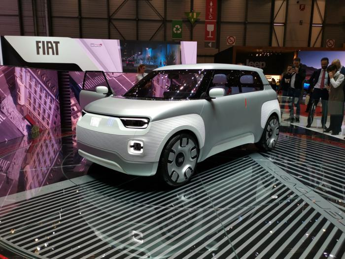 Fiat Centoventi, le foto live del concept