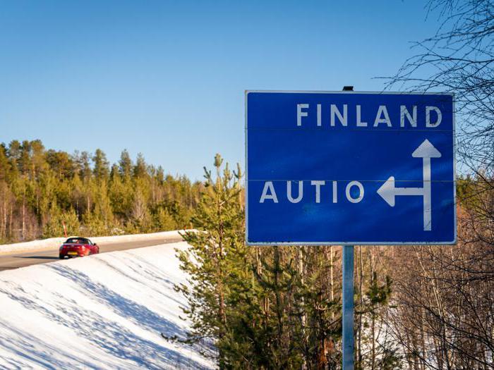 In spider al Polo Nord: Le immagini spettacolari delle Mazda MX-5 tra i ghiacci