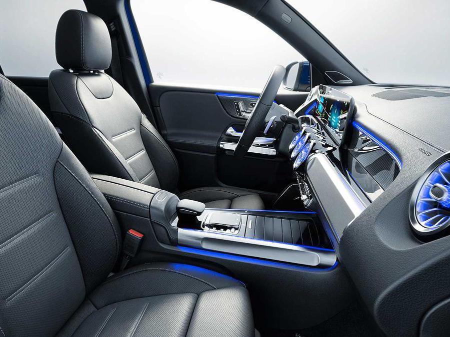 L'interno del Mercedes GLB