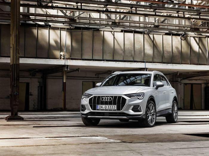 Nuova Audi Q3, ecco come è cambiata: tutte le foto