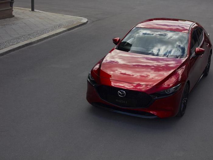 Nuova Mazda 3, tutte le foto della nuova media hi-tech