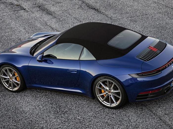 Nuova Porsche 911 Cabrio