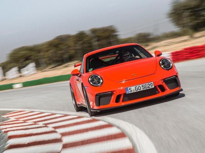 Porsche GT3, tutte le foto della nuova supersportiva da 500 cv