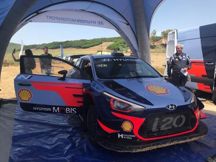 Rally, le foto della Hyundai da gara i20 Wrc