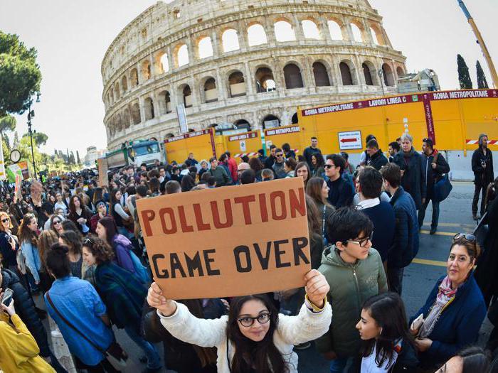 I giovani contro il pianeta malato