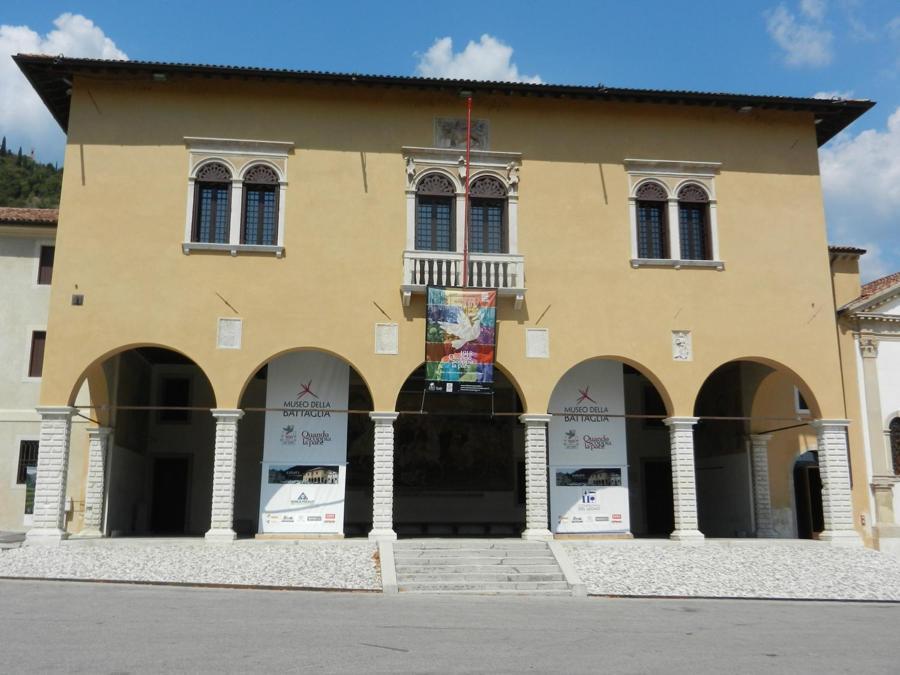 Palazzo della Comunità a Cèneda, oggi sede del Museo della Battaglia di Vittorio Veneto (foto Fornara)