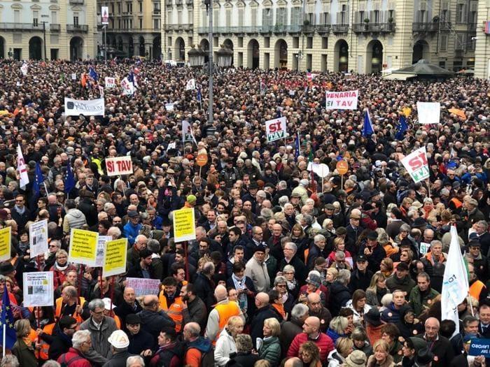 Manifestazione Tav, le immagini della piazza