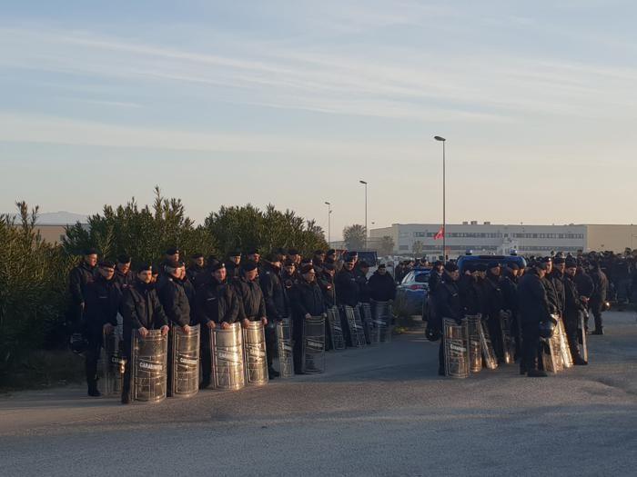 Reggio Calabria, le operazioni di sgombero della baraccopoli S.Ferdinando