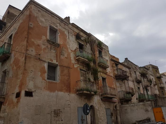 Taranto tra l'Ilva e la decrescita felice