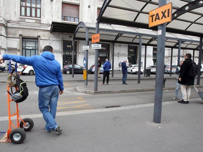 Taxi in sciopero: disagi nelle principali città italiane
