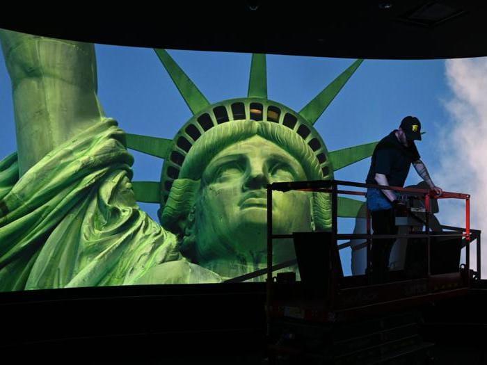A new York il nuovo museo che celebra la Statua della Libertà
