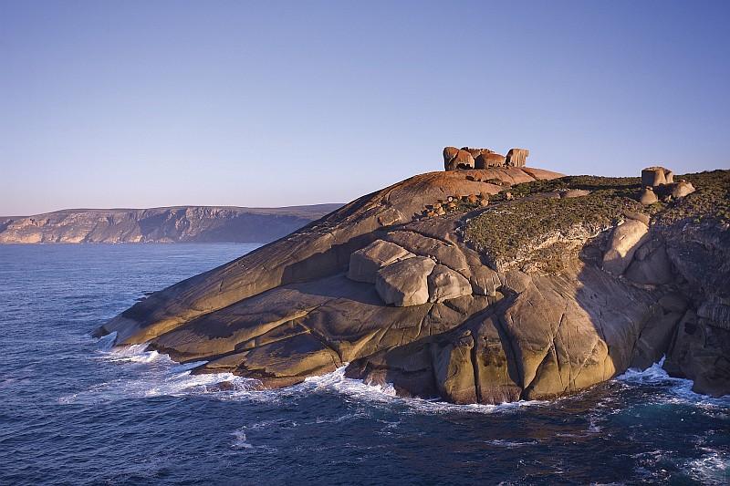 Ancora le Remarkable Rocks, Kangaroo Island (Credit:: Southern Ocean Lodge /ph George Apostilides)