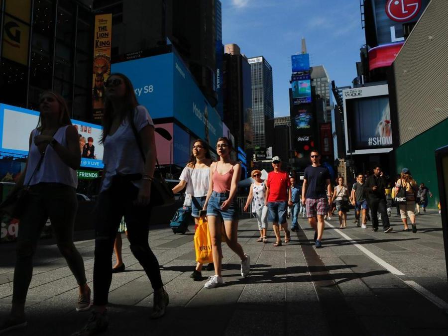 Times Square assolata (AFP PHOTO / EDUARDO MUNOZ ALVAREZ)