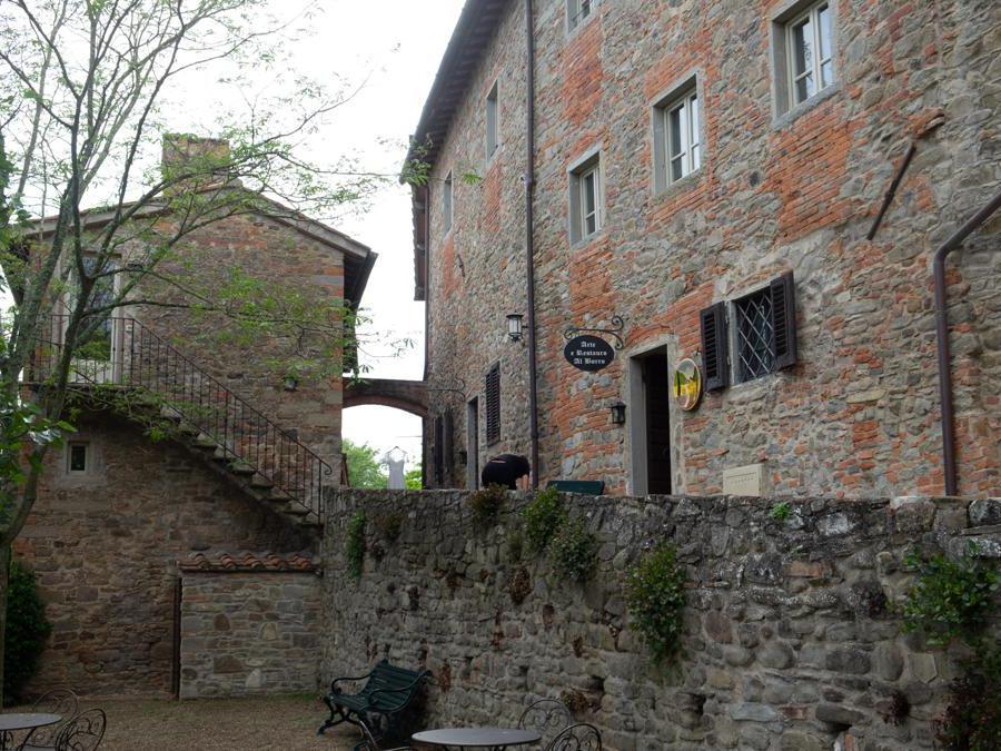 San Giustino Valdarno, Il Borro. Bottega artigiana all'interno del borgo (Credit: Franco Sarcina)