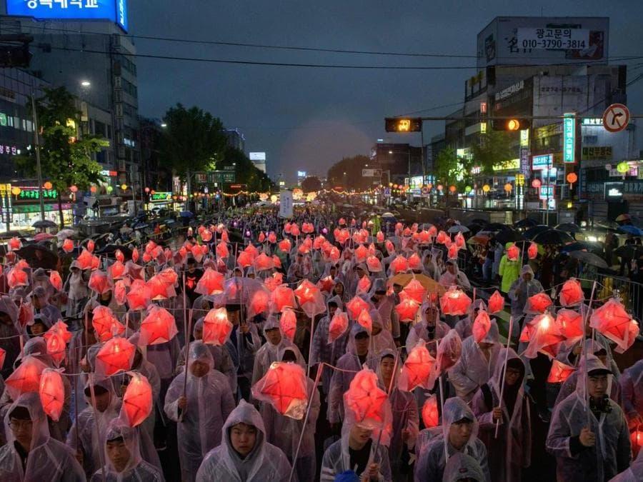 Seoul, festa delle lanterne  (AFP PHOTO / Ed JONES)