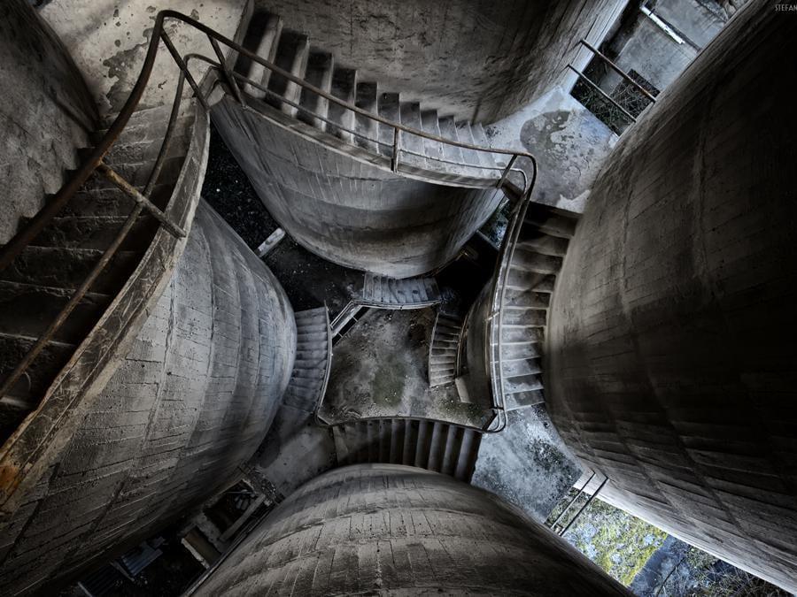 Cementificio in Toscana. Ignote le motivazioni della chiusura. (Foto Stefano Barattini)