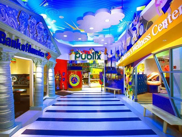 Il Miami Children's Museum ha attività interattive e spazi per i piccoli che riproducono uno studio musicale, un supermercato, una nave da crociere e un castello (ph miamiandbeaches.it)