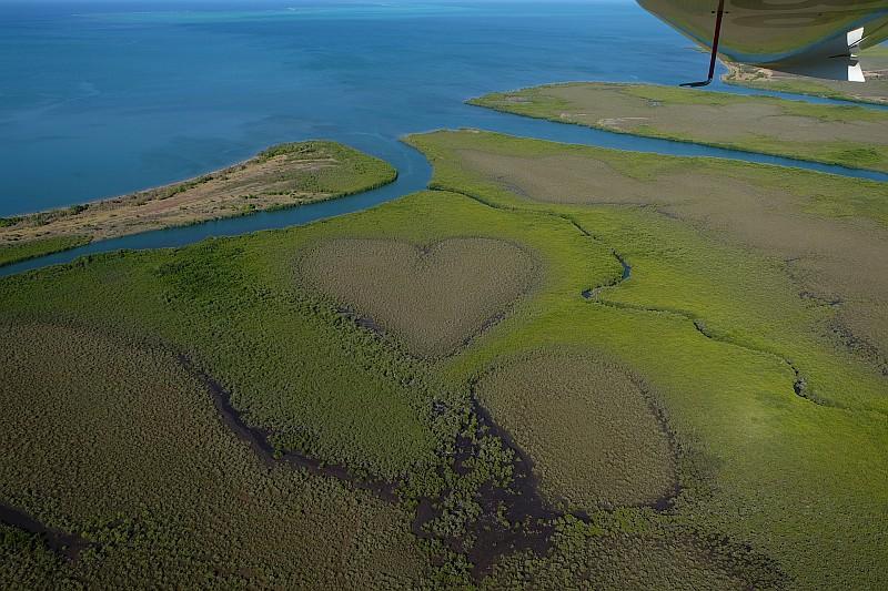 Il cuore di Voh, cuore naturale formato dalle mangrovie (© Travel Me Happy)