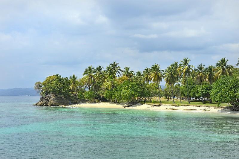 Una spiaggia di Samanà (ph Ente del Turismo della Repubblica Dominicana in Italia )
