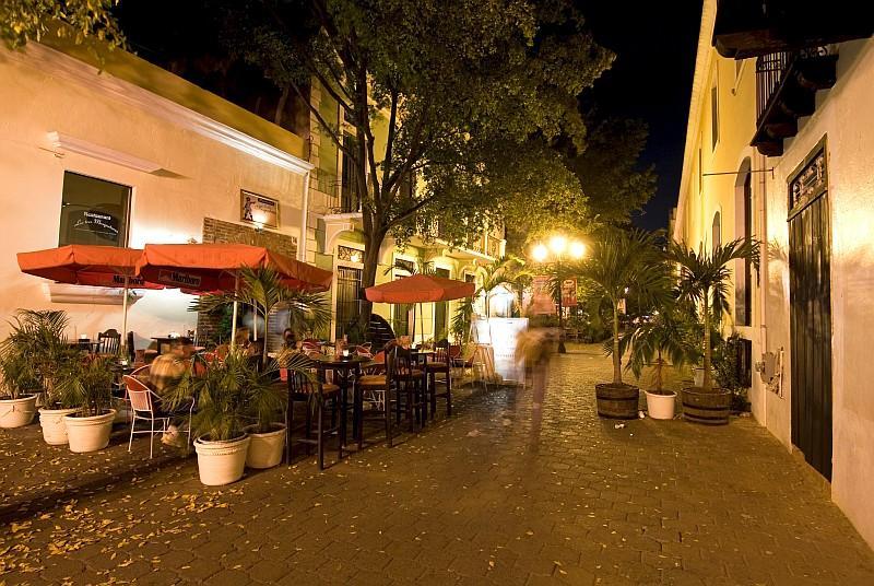 Caffè nella Zona Colonial di Santo Domingo (ph Ente del Turismo della Repubblica Dominicana in Italia )