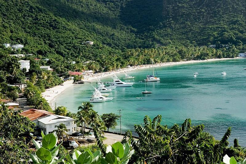 Le barche di Cane Garden Bay (BVI Tourist Board)