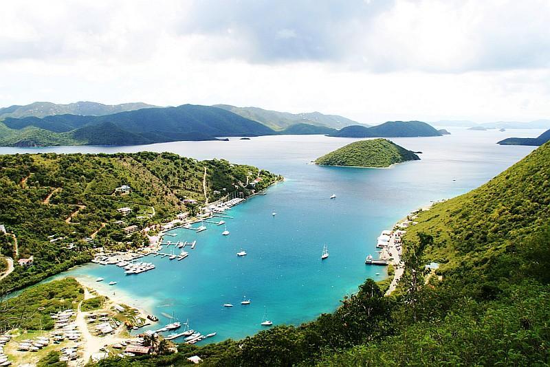 Veduta su Tortola, l'isola principale delle Isole Vergini Britanniche (BVI Tourist Board)