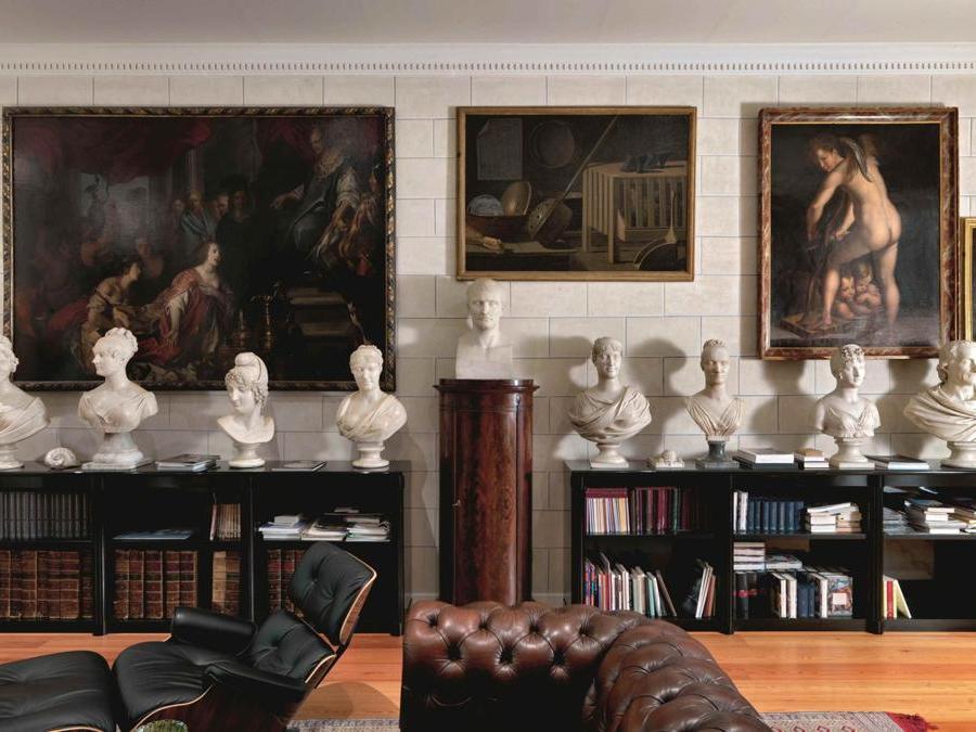 Abitazione di Franco Maria Ricci a Fontanellato nelle fotografie sono visibili alcuni pezzi della collezione Massimo Listri
