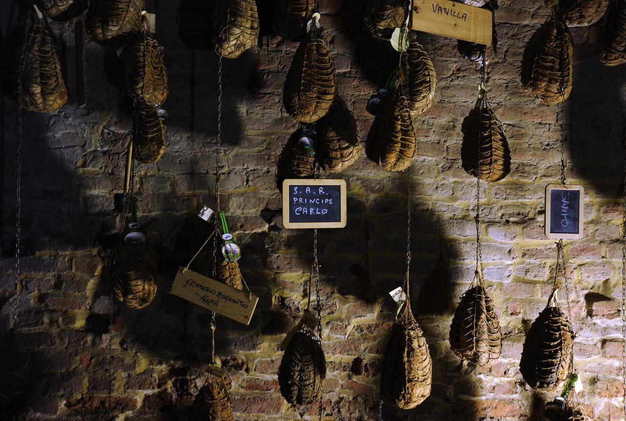 Antica Corte Pallavicina. Museo del Culatello e del Masal