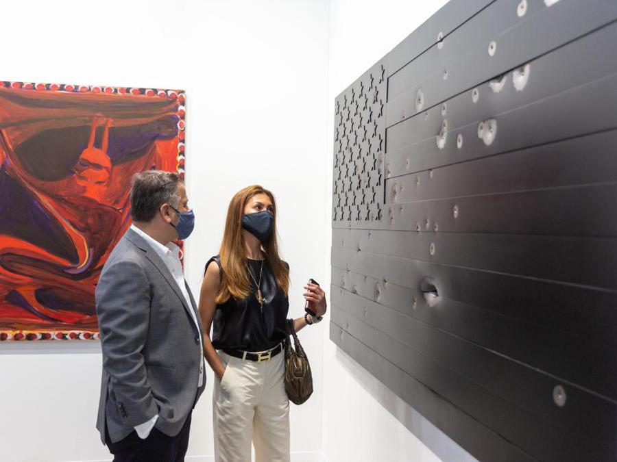 Lo stand della galleria Massimo De Carlo ad Art Basel Hong Kong 2021, Courtesy Art Basel