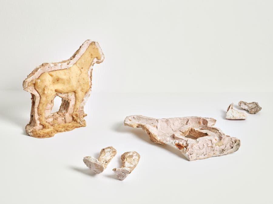 Joseph Beuys. Foto: Tom Carter «Junges Pferdchen (Young Horse)», 1955 -1986. Per gentile concessione della Galerie Thaddaeus Ropac, Londra, Parigi, Salisburgo (Joseph Beuys Estate / VG-Bildkunst, Bonn, 2020)