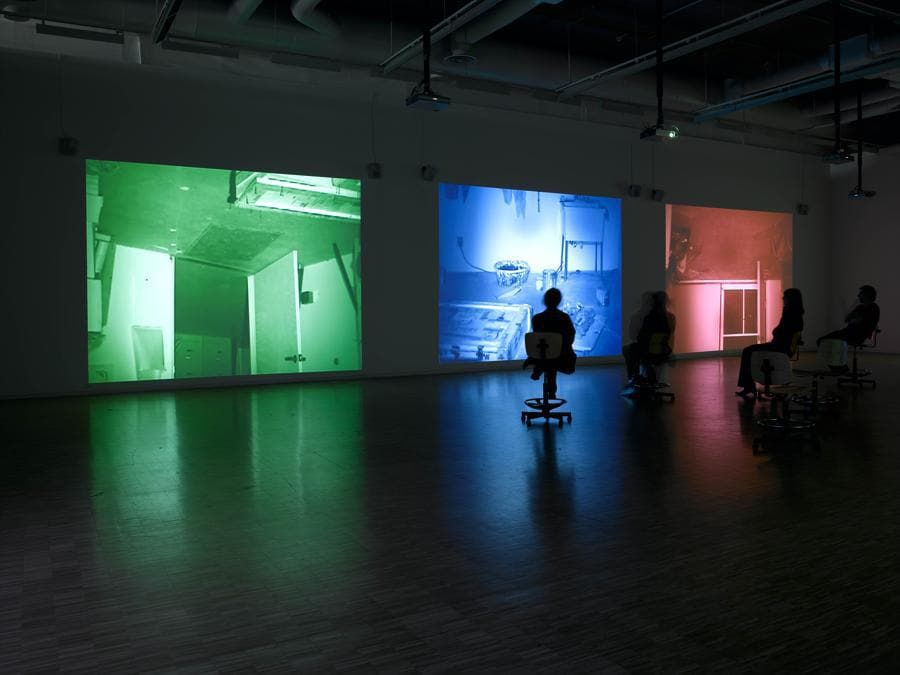 Bruce Nauman «Mapping the studio» 2001