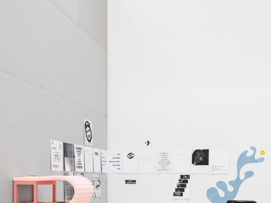 Quadriennale d'arte 2020 FUORI, TOMBOYS DON'T CRY, BODY LANGUAGE, veduta della mostra, courtesy Fondazione La Quadriennale di Roma, foto DSL Studio