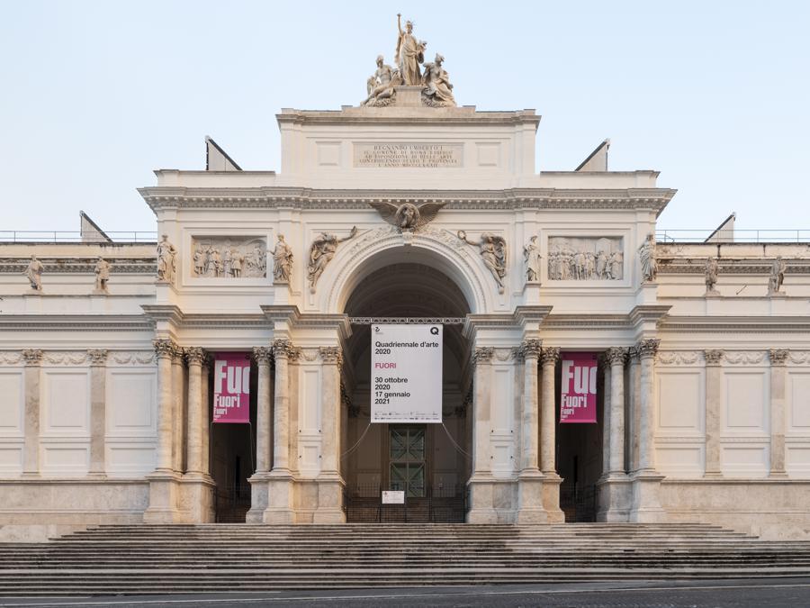 Quadriennale d'arte 2020 FUORI, la facciata del Palazzo delle Esposizioni, sede della mostra, courtesy Fondazione La Quadriennale di Roma, foto DSL Studio