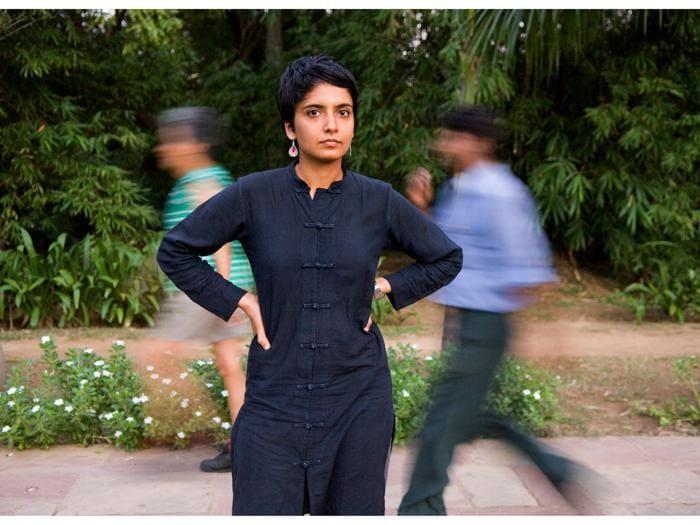 La storia della liberazione gay raccontata dal fotografo indiano Sunil Gupta