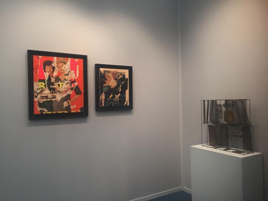 Galleria Tega. Due lavori di Rotella e scultura di Melotti
