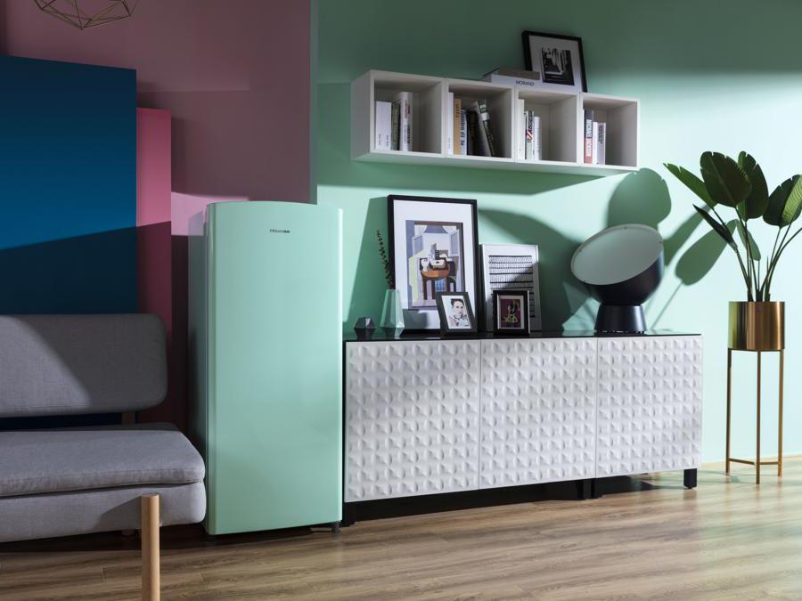 Hisense, Linea Pop, Lady Mint, frigo monoporta elegante adatto a monolocali e studio, da 164 litri netti (19 per il congelatore), altezza 1,28 m