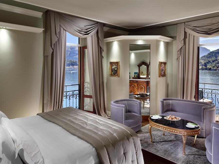 Lake View Deluxe Room
