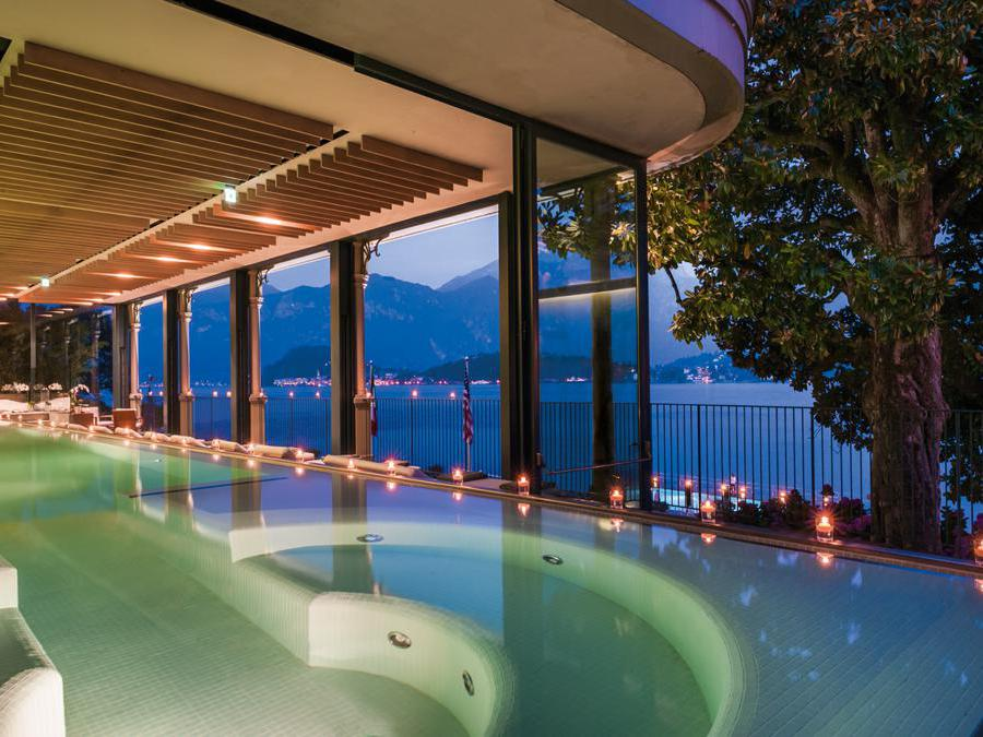 T Spa Infinity pool