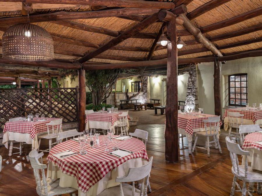 Cervo hotel, Pomodoro