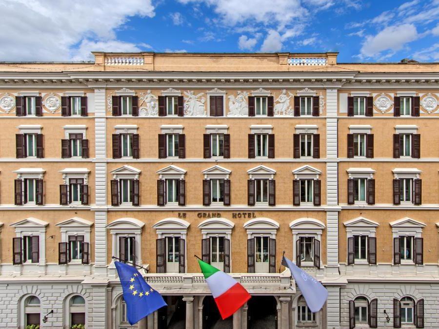 St Regis Roma. Hotel Façade