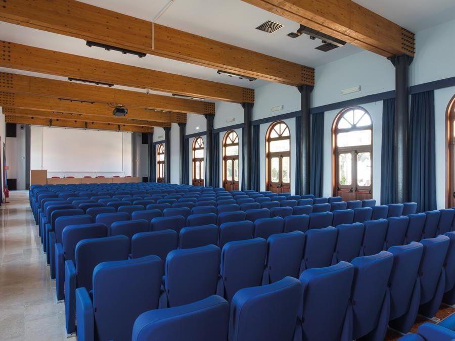 San Servol, Auditorium