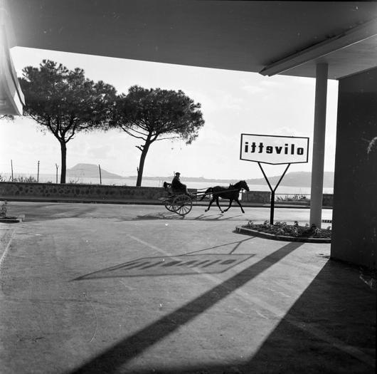 Olivetti Pozzuoli, la fabbrica sotto il sole