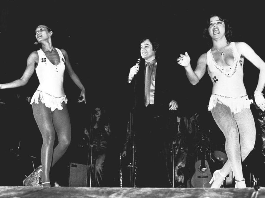 Fred Bongusto durante un concerto